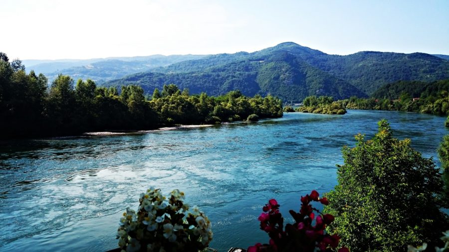 Serbia Paesagio fiume