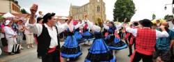 8f08669cb6859257dc6808443eebbb2422-eme-marche-d-antan-folklore-portugais-etoile-du-nord-arph2199721 (1)